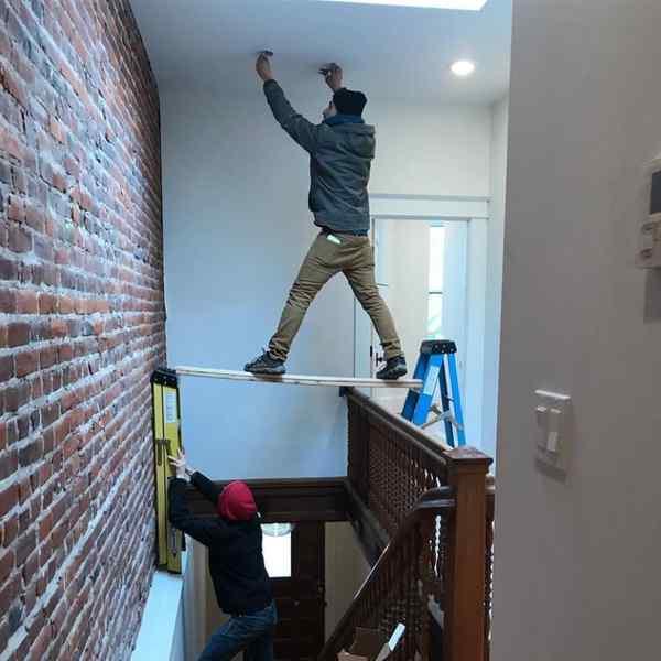 Image03 9 - Desafiando a la muerte en el trabajo, imágenes graciosas de gente descerebrada.