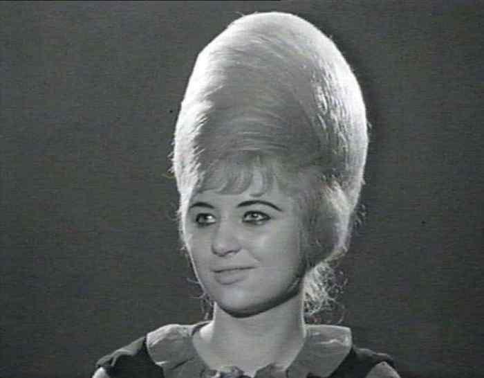 Aquellos maravillosos peinados de los años 60. Galería de imágenes graciosas. 8