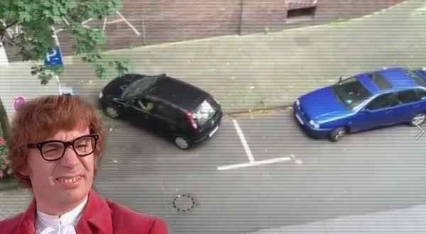 Cada día hacen los aparcamientos mas pequeños y difíciles. 5