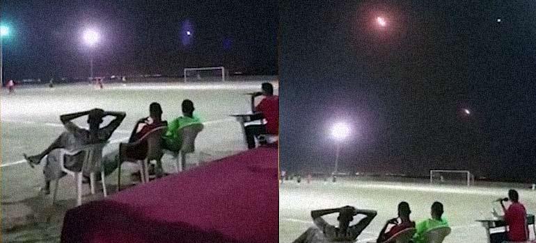 Jugando al fútbol entre lanzamientos de misiles en Yemen. 9