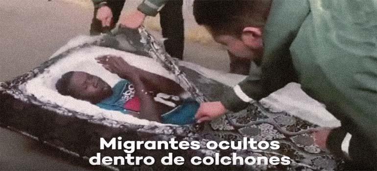 Descubren a dos inmigrantes escondidos dentro de colchones. 4
