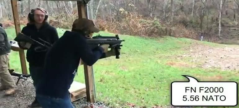 Probando todo tipo de armas. 5