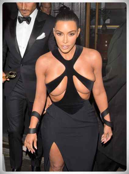 Kim Kardashian vuelve a sorprender a todos con su vestido. 7