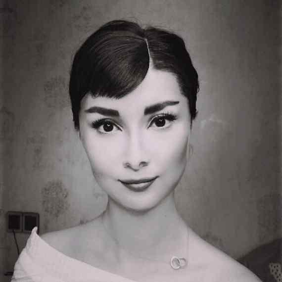 Esta mujer China se puede convertir en cualquier persona. 9