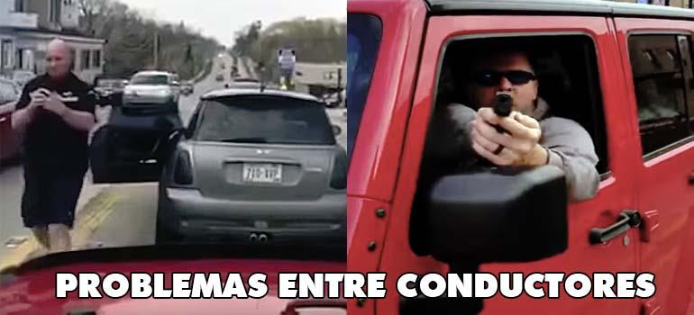 Apunta con una pistola a otro conductor. 1