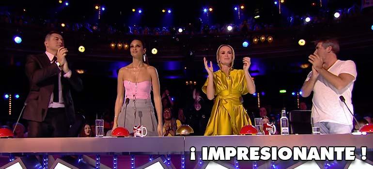 Es capaz de levantar al jurado de Got Talent con su espectacular numero. 12