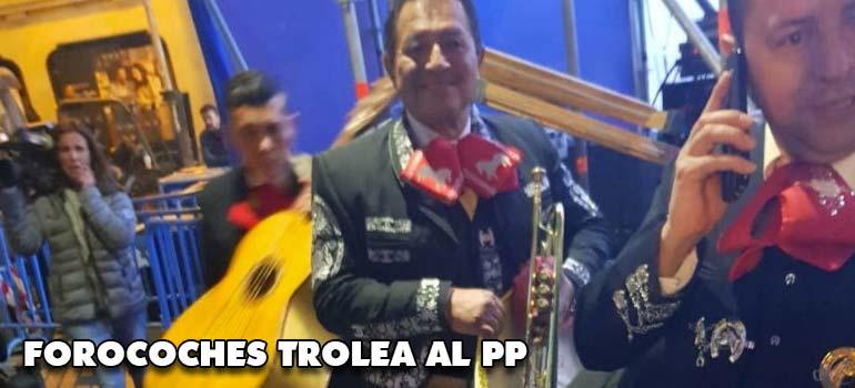 Forocoches trolea al PP y manda mariachis a su sede. 26