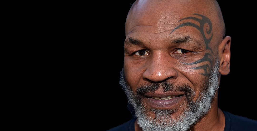 Mike Tyson se fuma 40.000 dolares al mes en hierba. 17