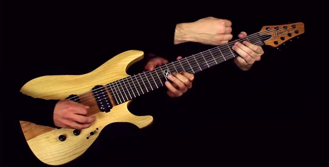 """Tocando el tema """"One"""" de Metallica en una sola guitarra a 6 manos. 3"""