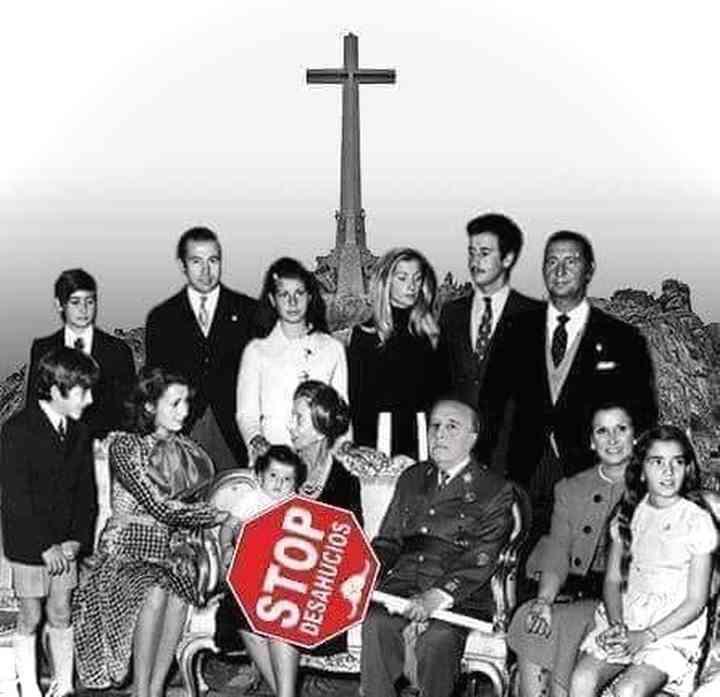 Memes exhumación de Franco, los 20 mejores 3