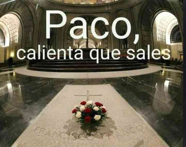 Memes exhumación de Franco, los 20 mejores 8