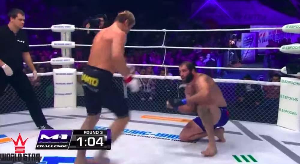 Luchador de MMA noqueado por una terrible patada [Vídeo] 3