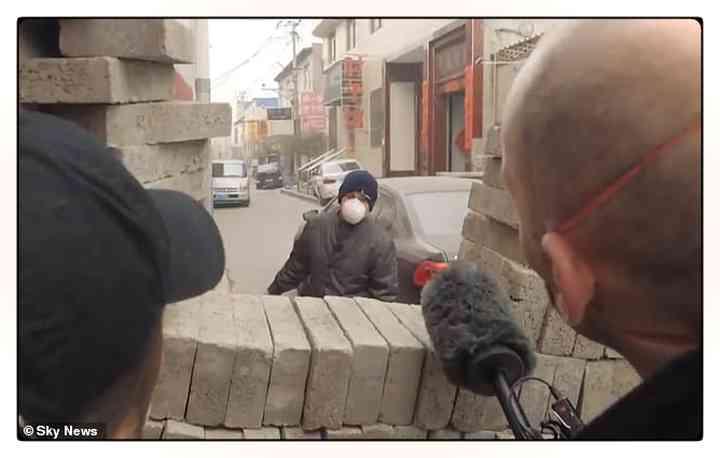 Los aldeanos Chinos fortifican pueblos para evitar que entre gente infectada [Vídeos y fotos] 9