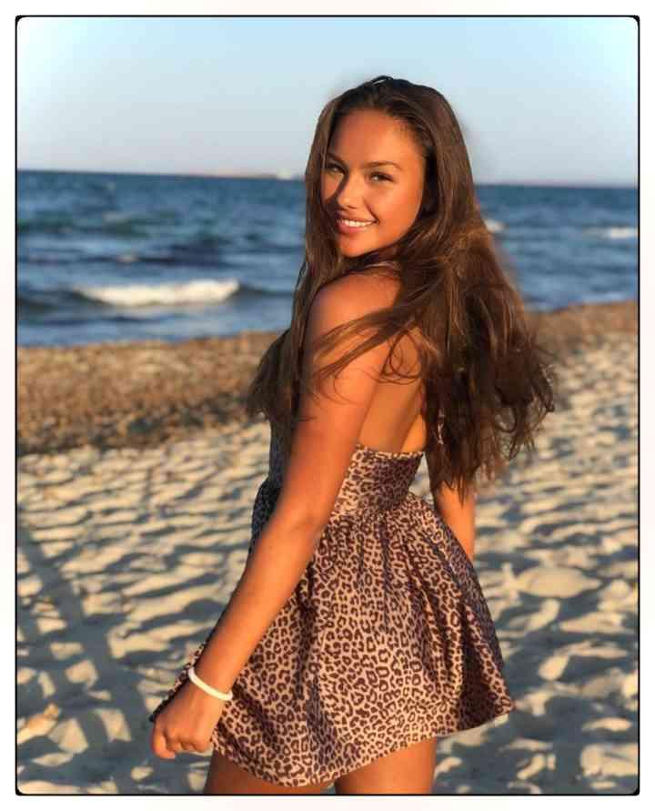 Las 25 fotos que Katerina Safarova no quiere que veas 13
