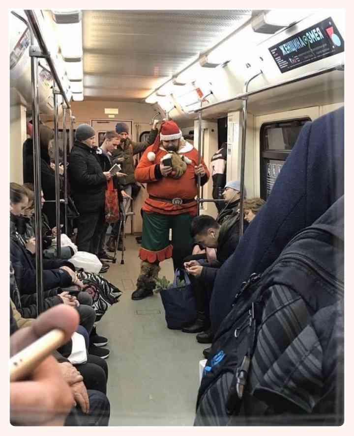 13 Sorprendentes personas encontradas en el Metro 5