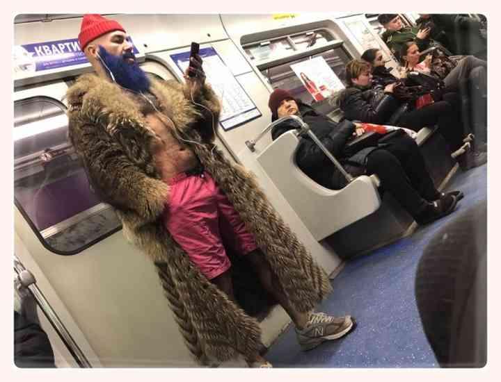 13 Sorprendentes personas encontradas en el Metro 4