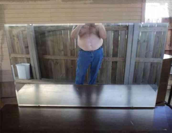20 divertidas fotos de personas que intentan vender un espejo 3