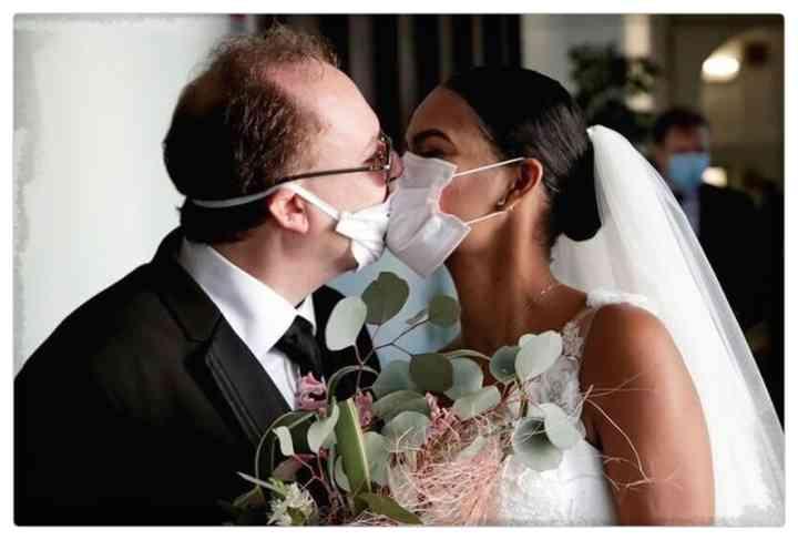 15 Parejas que han decidido casarse en plena pandemia 8