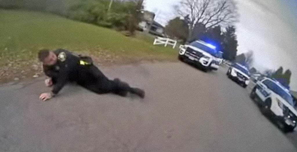 Policía dispara taser a su compañero por error 5