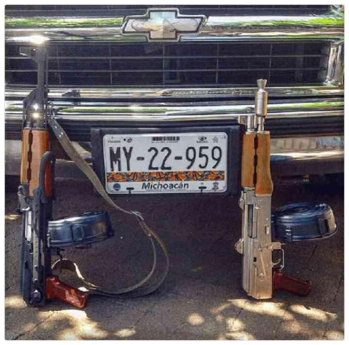 32 Fotos que los narcos mexicanos publican en sus redes sociales 2