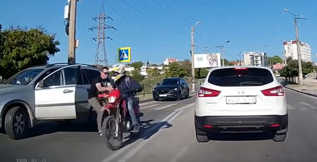 El motorista siempre tiene la culpa 5