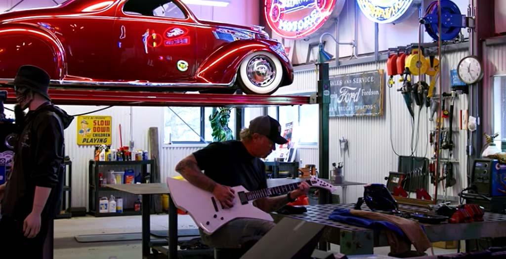 La colección de coches del cantante de Metallica, James Hetfield 18