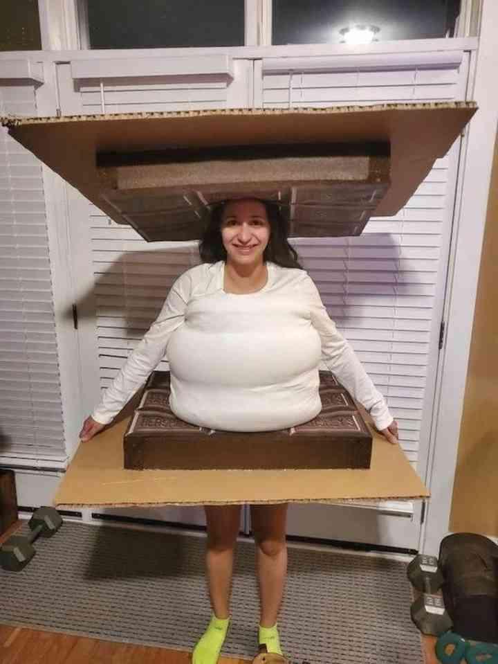10 Personas que han triunfado con su disfraz este Halloween 10