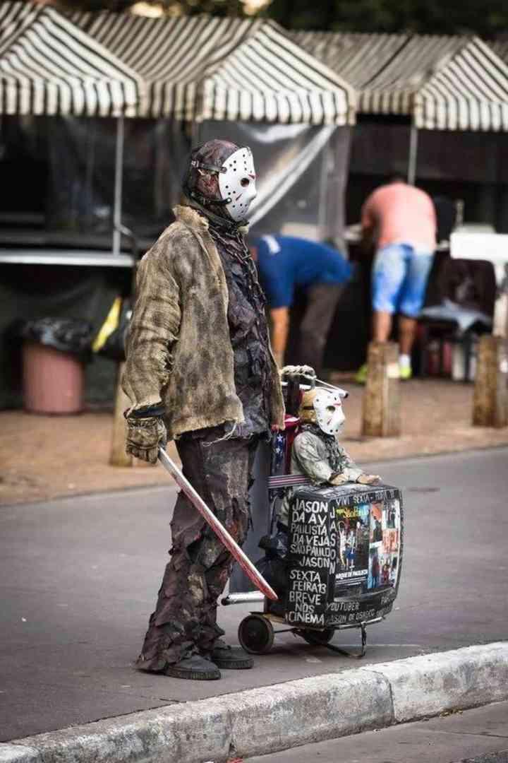 10 Personas que han triunfado con su disfraz este Halloween 11