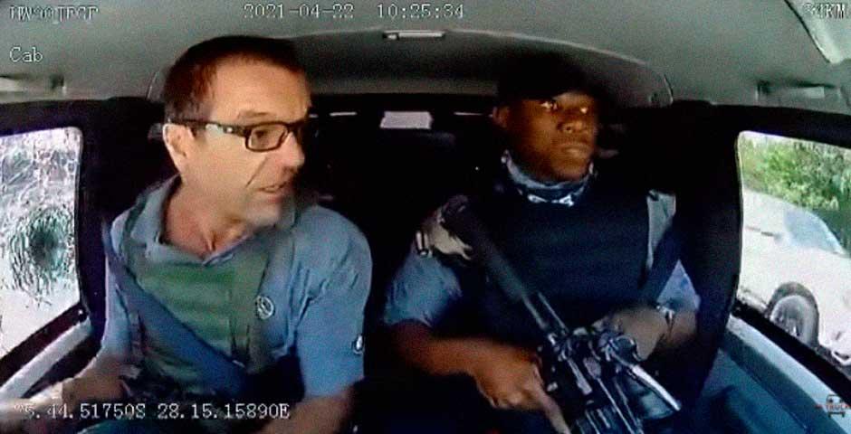 Espectacular vídeo del asalto a un camión blindado 1