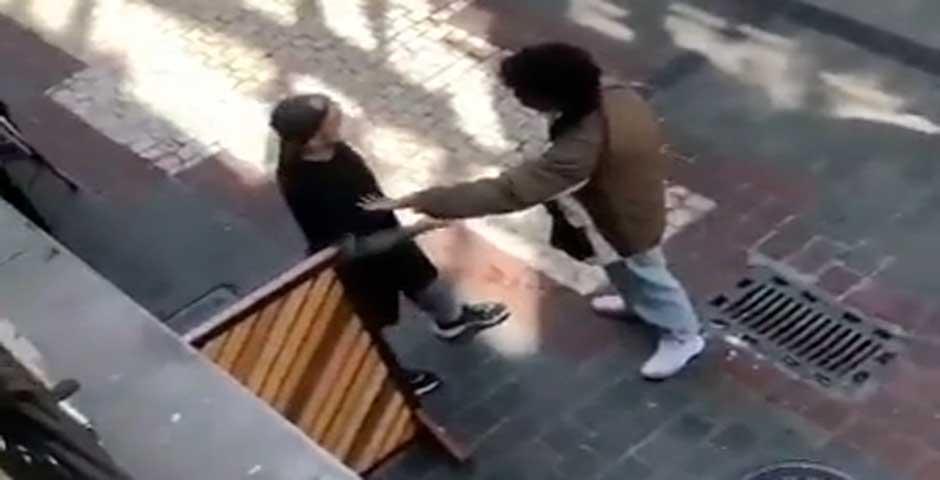 Ataca con un cuchillo al dueño del bar donde no lo dejan entrar 1