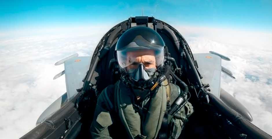 El sueño de Pedro de la Rosa cumplido, pilota un Caza Eurofighter 4