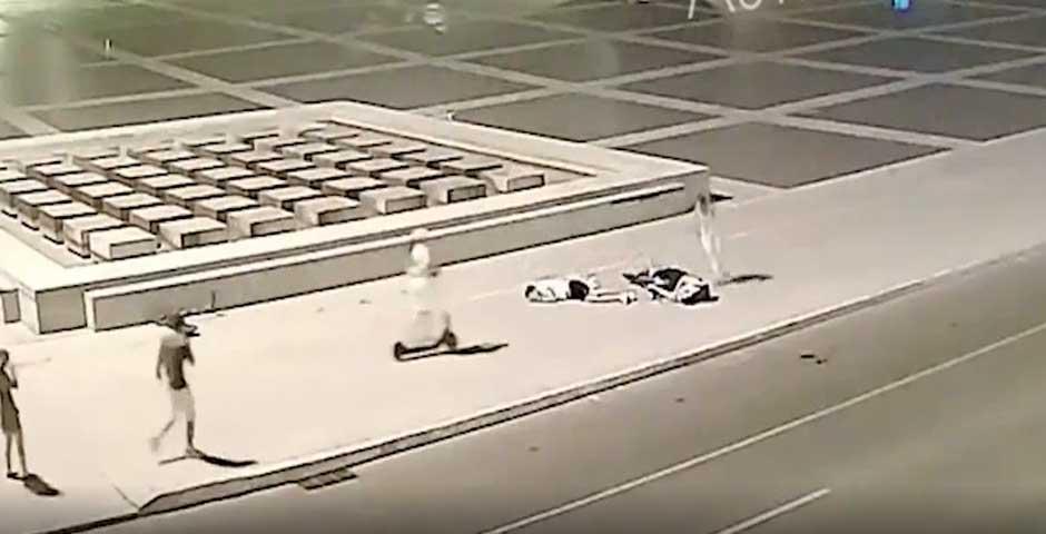 Un brutal choque frontal entre dos patinetes, deja en estado grave a uno de los ocupantes 7