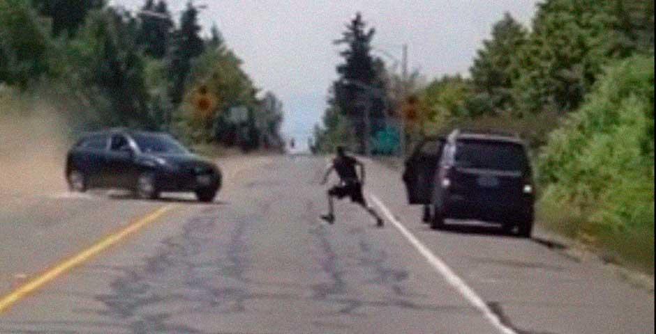 Intento de atropello en una pelea de tráfico 2