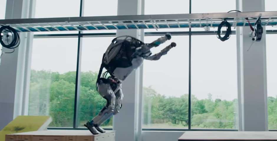 Los robots ya son capaces de hacer Parkour 8
